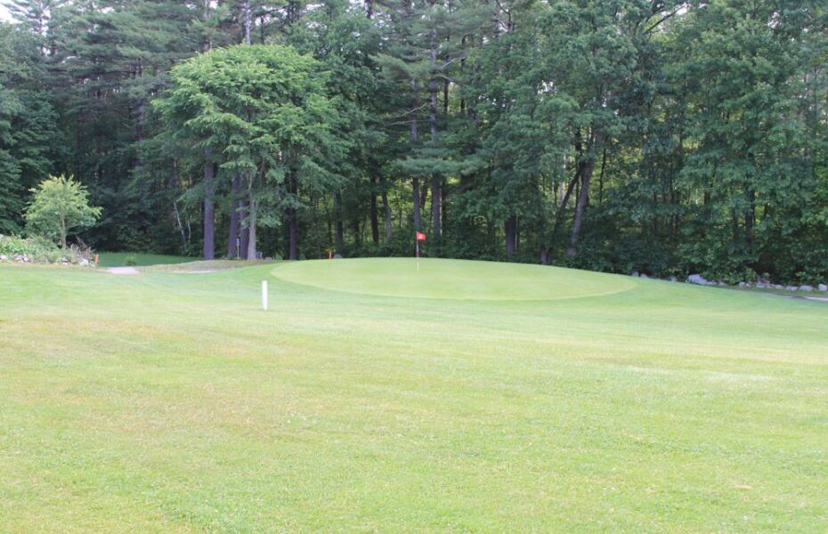 Pine Valley Golf Links in Pelham, New Hampshire, USA ...