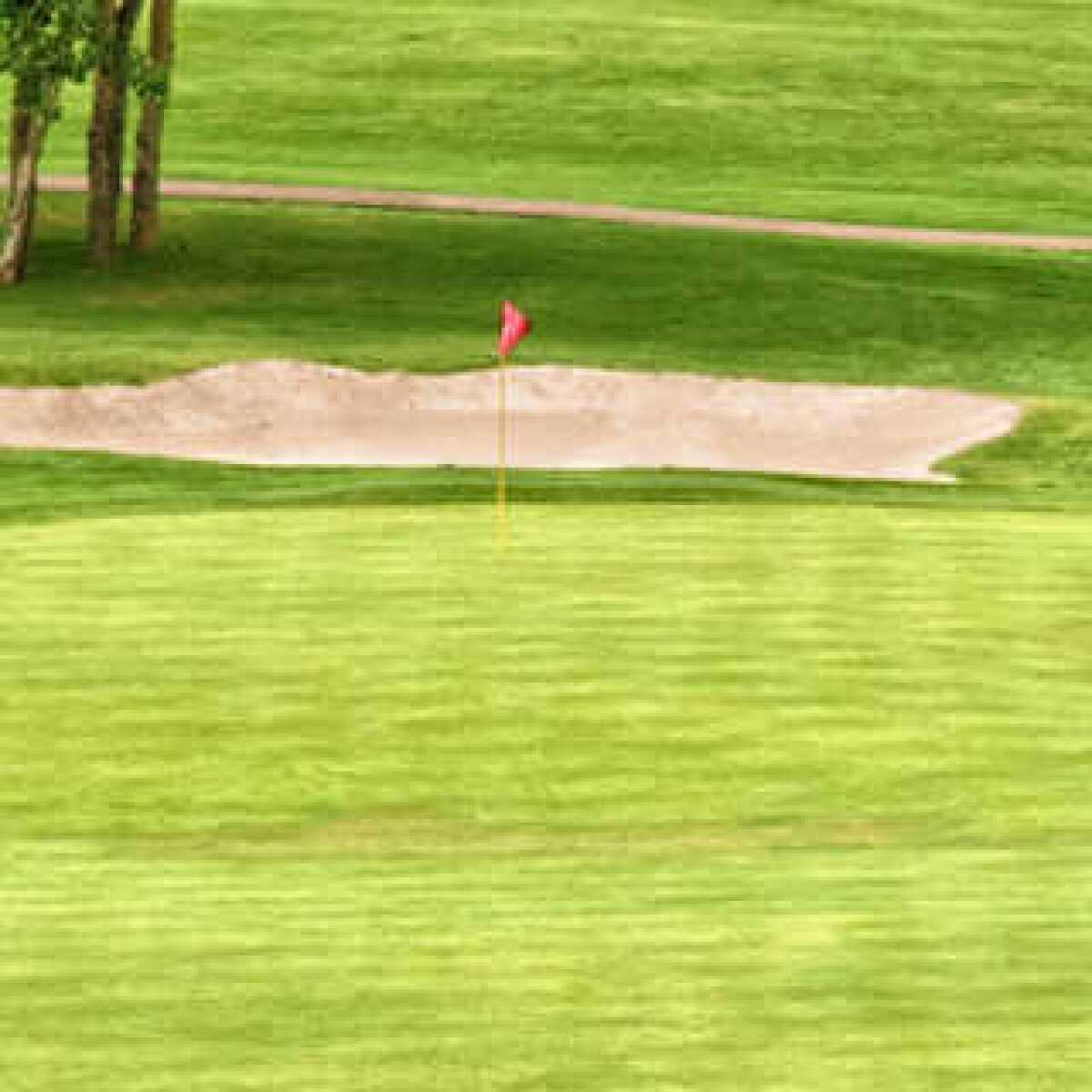 Pine Ridge Golf Club - Little Pine in Beverly Hills ...